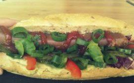 Wegetariański hot-dog